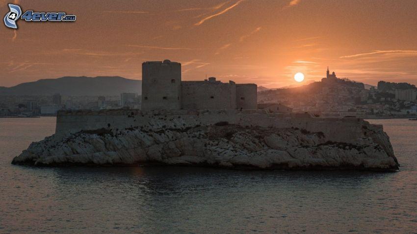 Château d'If, zachód słońca