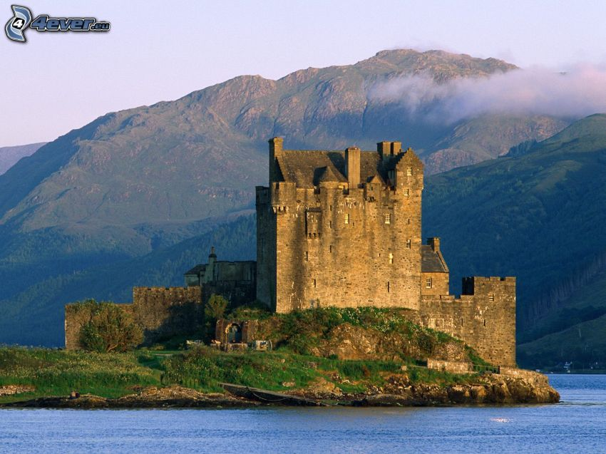 Eilean Donan, Szkocja, zamek, jezioro