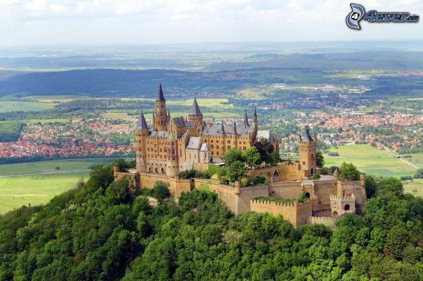 Hohenzollern, zamek, Niemcy, widok na krajobraz
