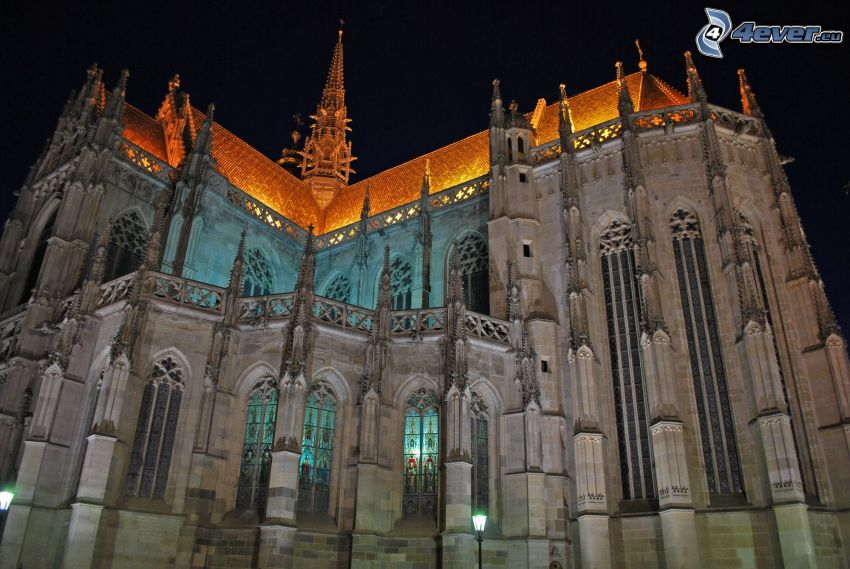 Katedra św.Elżbiety, noc