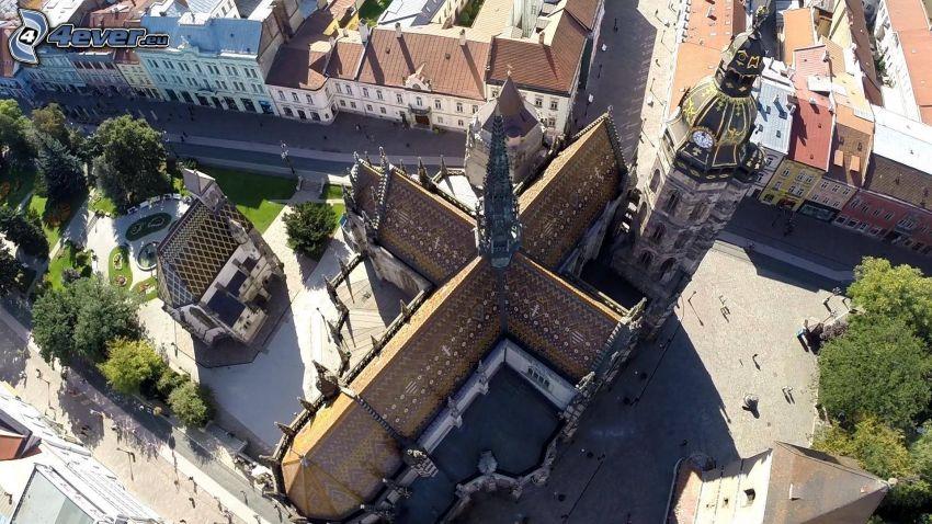 Katedra św.Elżbiety, piesza zona