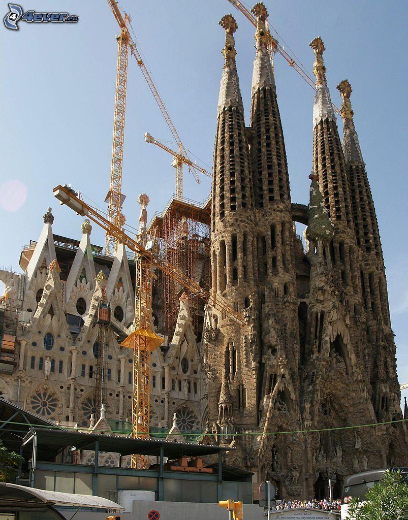Sagrada Familia, dźwig