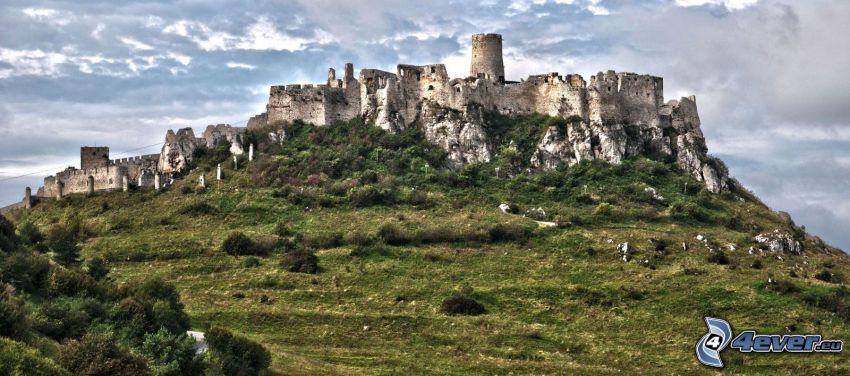 Spiski Zamek, Słowacja, chmury, HDR