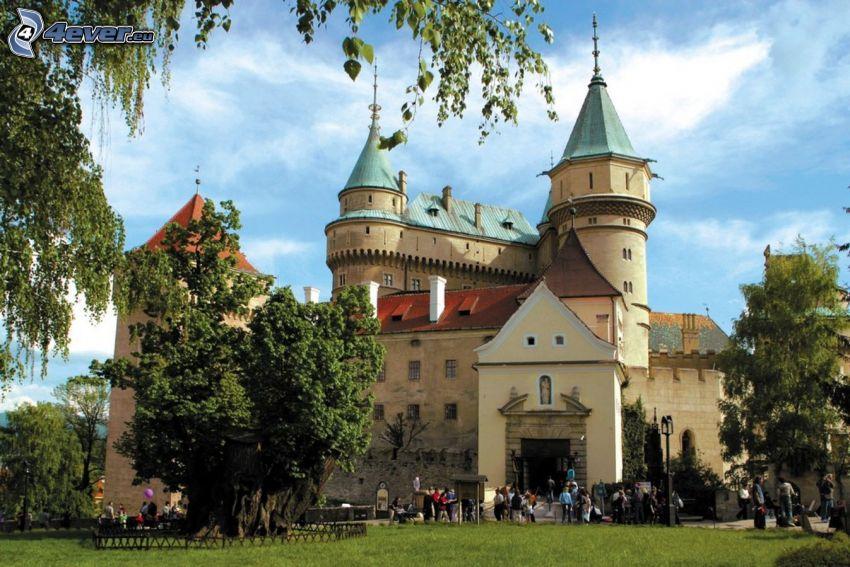 Zamek Bojnice, turyści