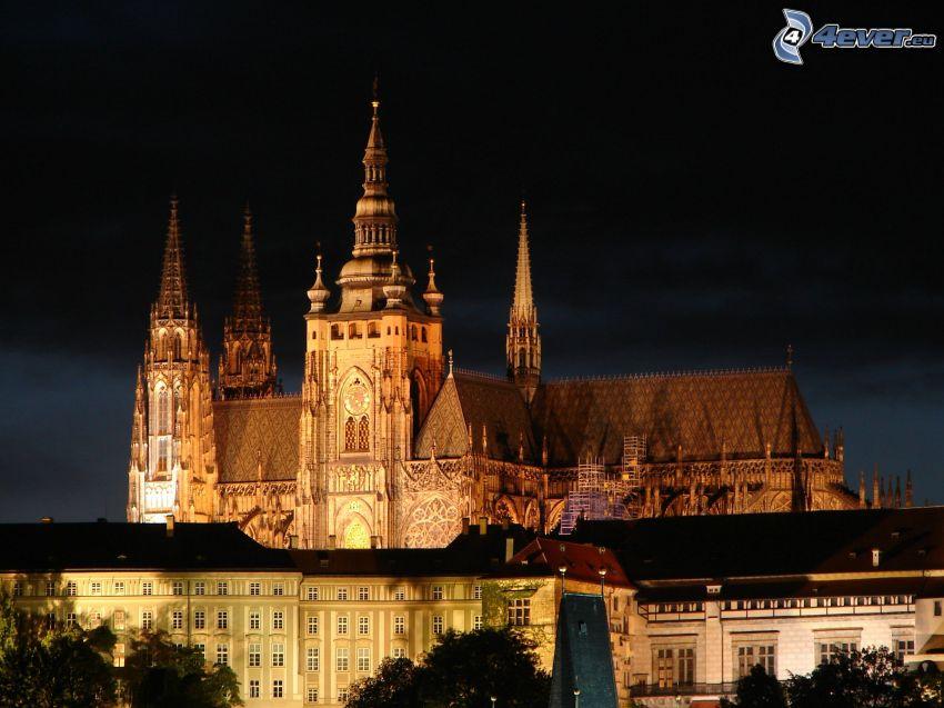 Zamek Praski, miasto nocą, Praga
