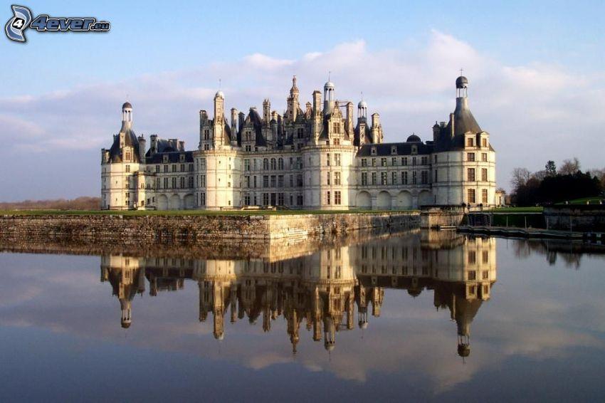 Zamek w Chambord, Cosson, odbicie