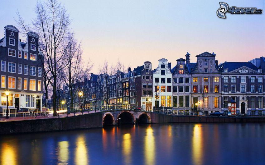 Amsterdam, wieczór