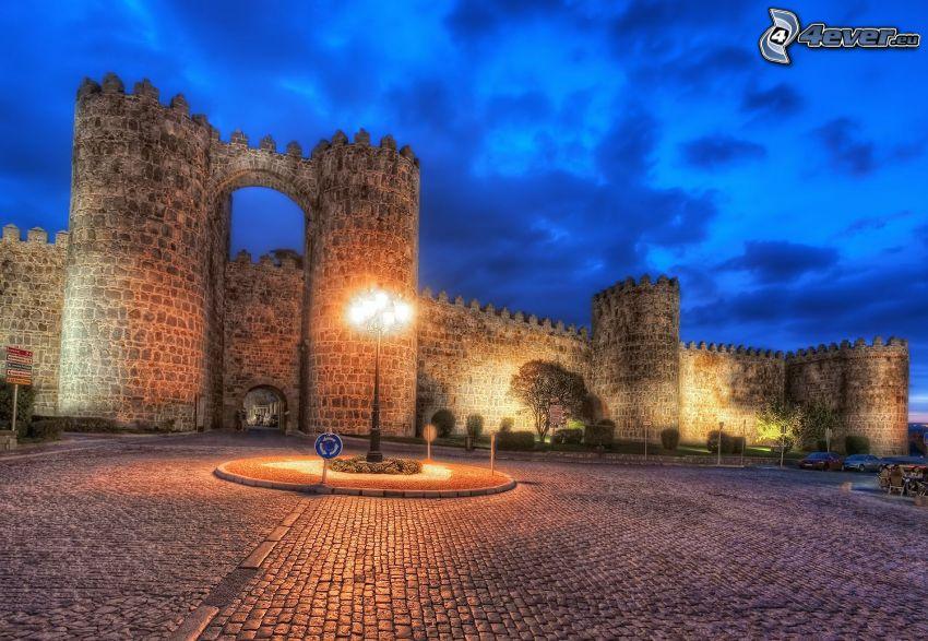 Ávila, Hiszpania, lampa uliczna, mury obronne