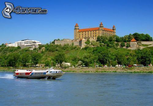 Bratysławski Zamek, Bratislava, łódź, turystyczna, Dunaj