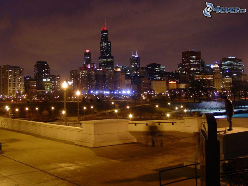 Chicago, miasto nocą, park nocą, Willis Tower