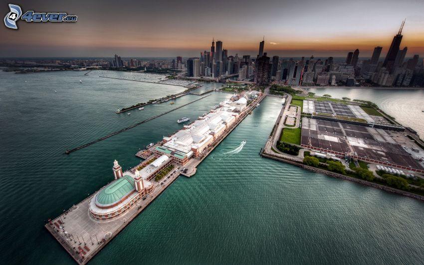 Chicago, port, po zachodzie słońca