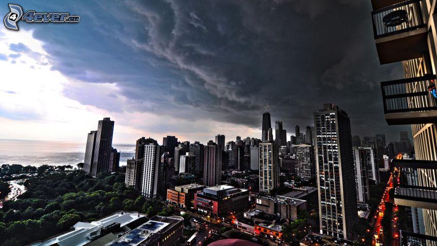 Chicago, wieżowce, ciemne chmury, HDR