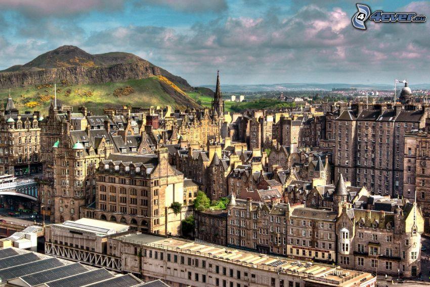 Edynburg, wzgórze, ciemne chmury
