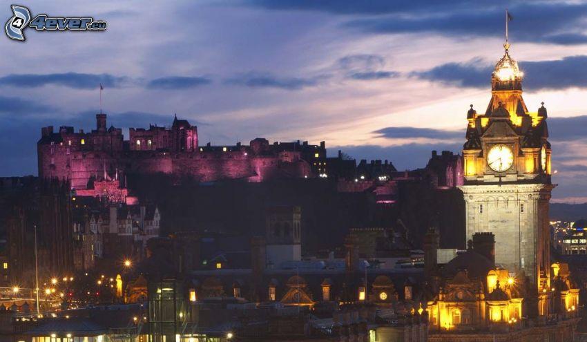 Edynburg, Zamek w Edynburgu, miasto nocą