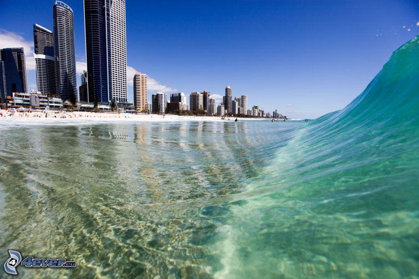 Gold Coast, fala, wieżowce