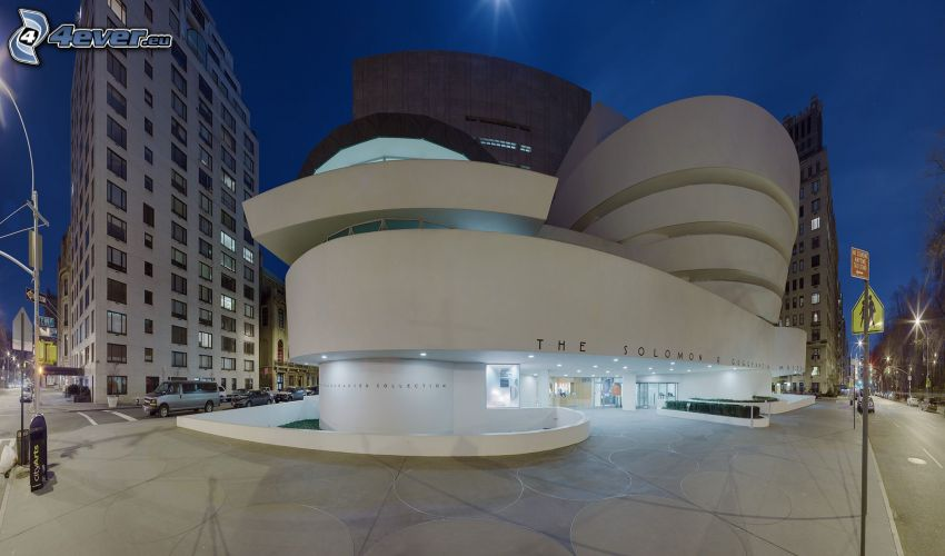 Guggenheim Museum, miasto nocą