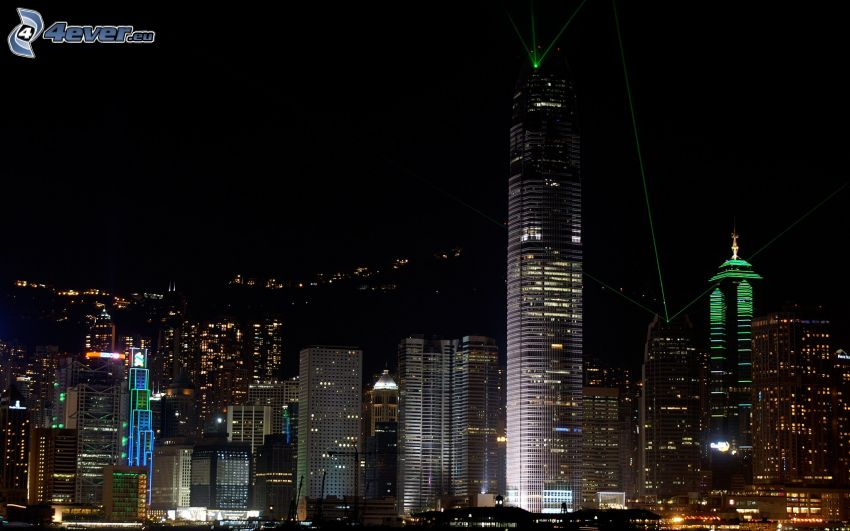 Hong Kong, miasto nocą, wieżowce, Two International Finance Centre