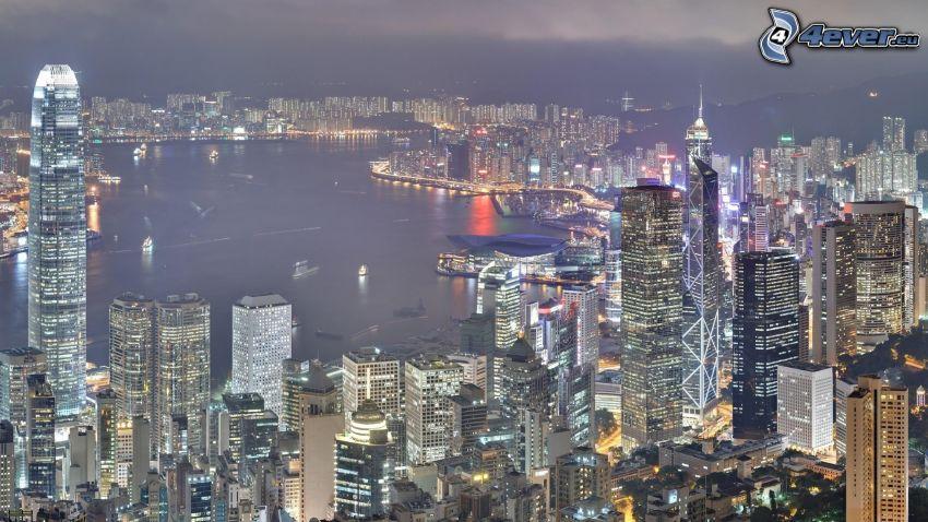Hong Kong, miasto nocą