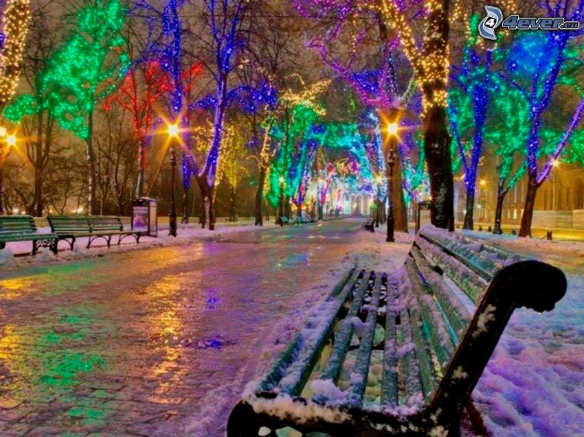 kolorowe oświetlenie, zaśnieżona ławeczka, zima, śnieg