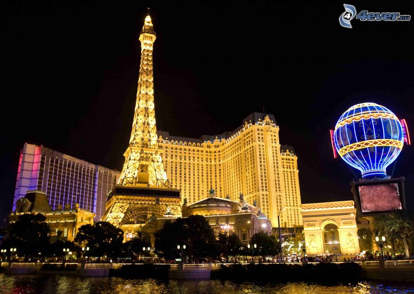 Las Vegas, Wieża Eiffla, miasto nocą