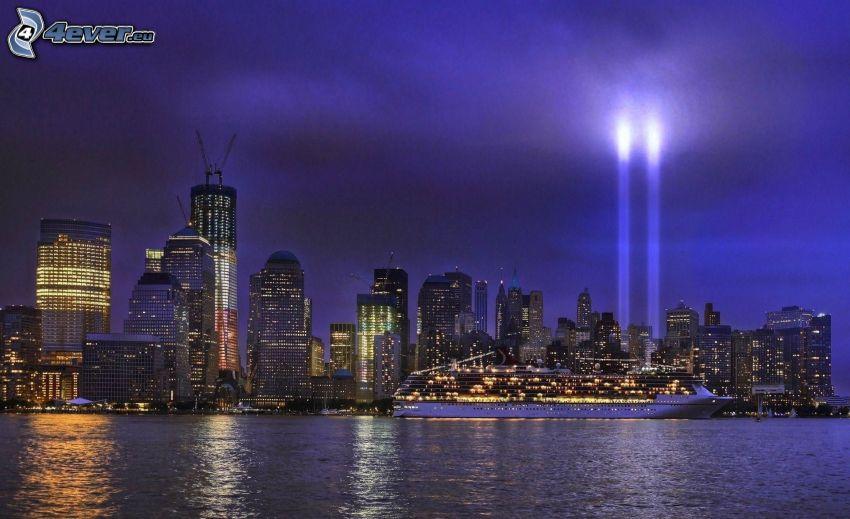Manhattan, WTC memorial, miasto nocą