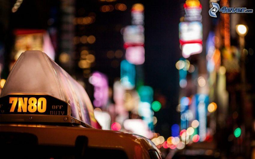 NYC Taxi, miasto nocą