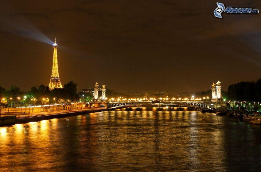 Paryż, Seine, Wieża Eiffla w nocy, miasto nocą