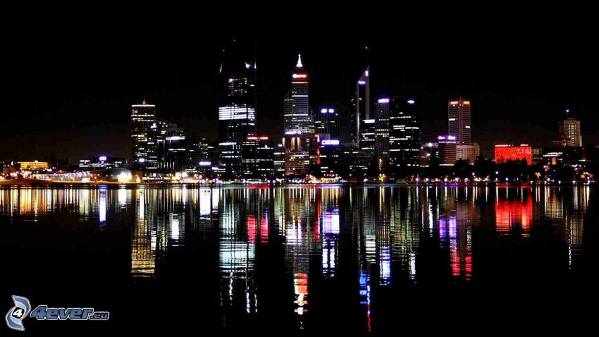 Perth, wieżowce, miasto nocą