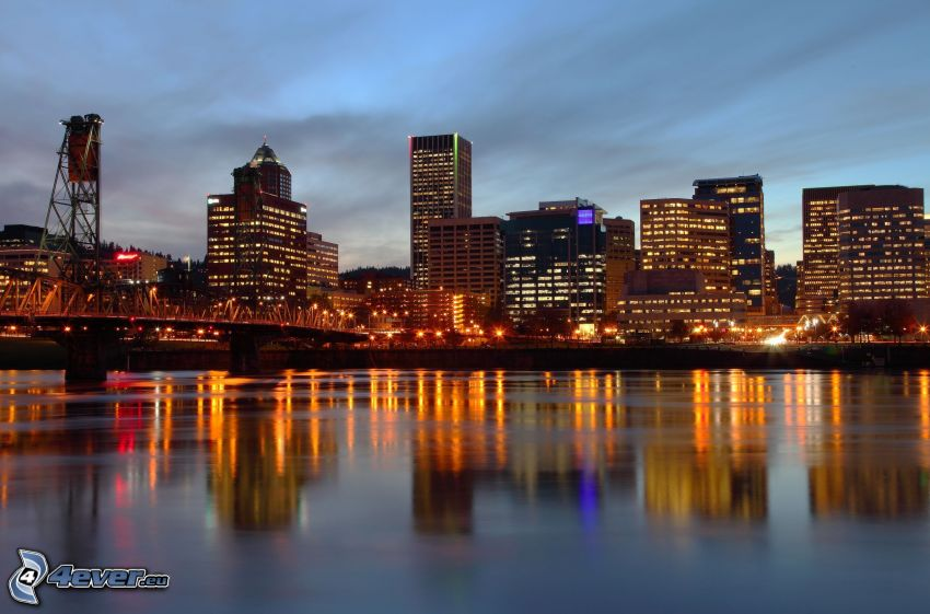 Portland, miasto nocą, nadmorskie miasteczko