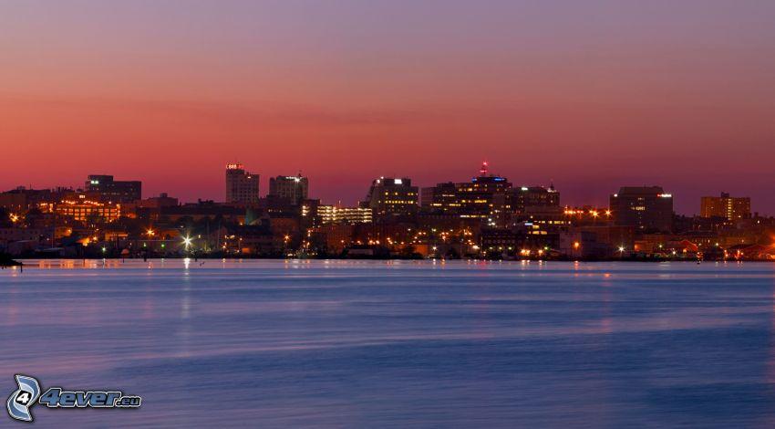 Portland, nadmorskie miasto, miasto wieczorem, różowe niebo