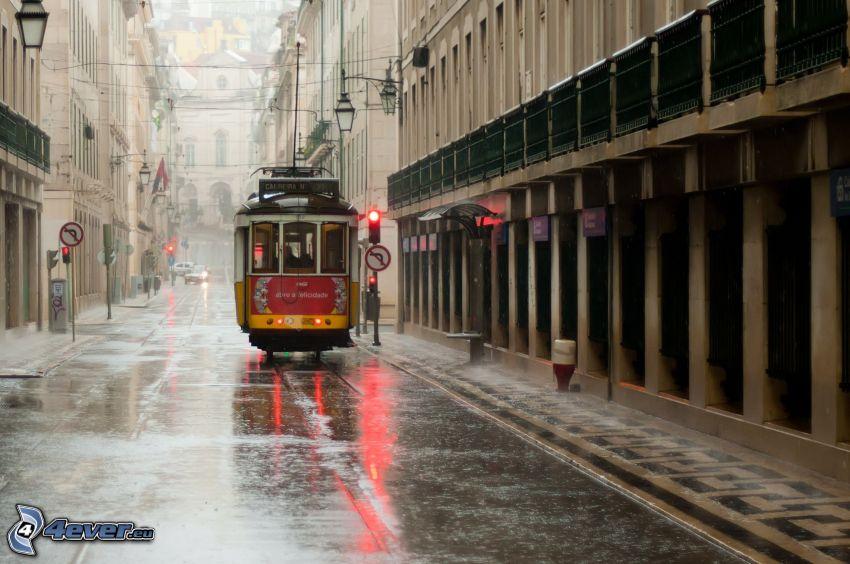 tramwaj, ulica, deszcz, domy