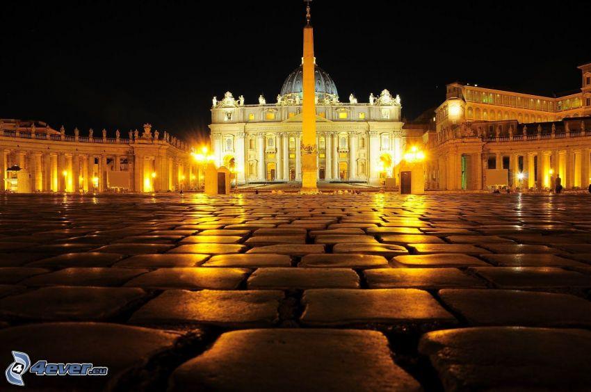 Watykan, Plac Świętego Piotra, miasto nocą