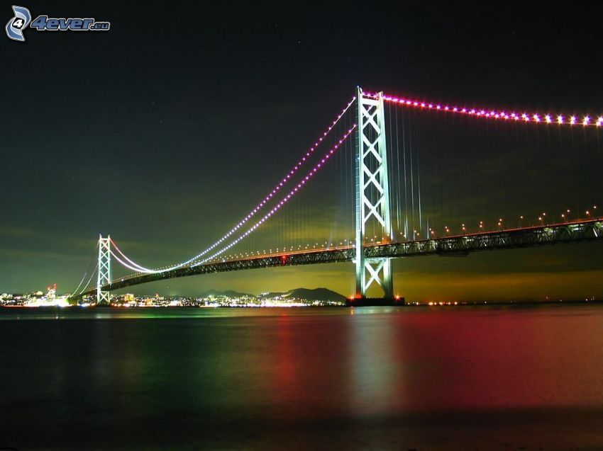 Akashi Kaikyo Bridge, noc, oświetlony most