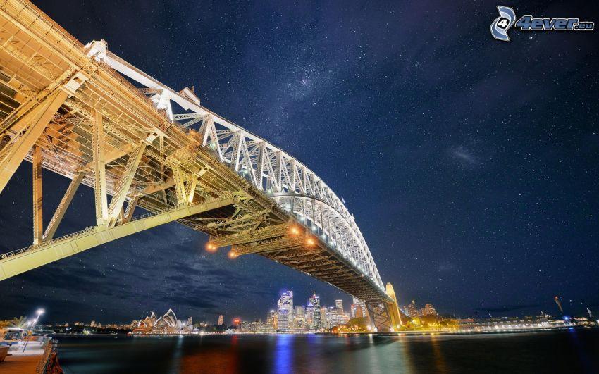 Sydney Harbour Bridge, oświetlony most, miasto nocą, Australia, HDR