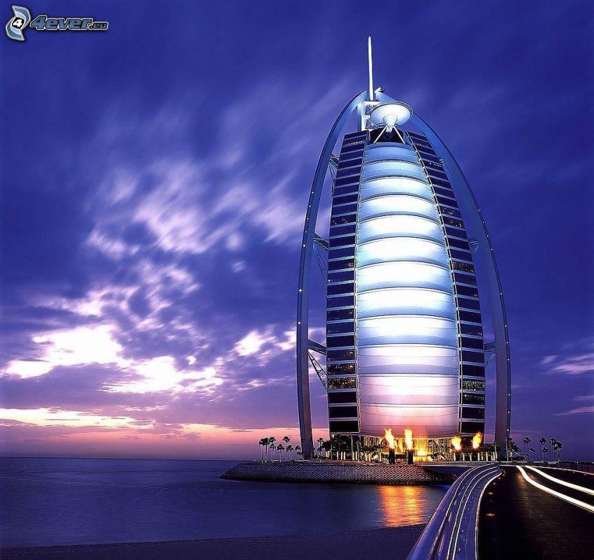 Burj Al Arab, Dubaj, Emiraty Arabskie, wieczór