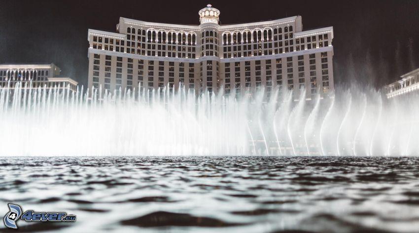 hotel Bellagio, Las Vegas, fontanna, noc