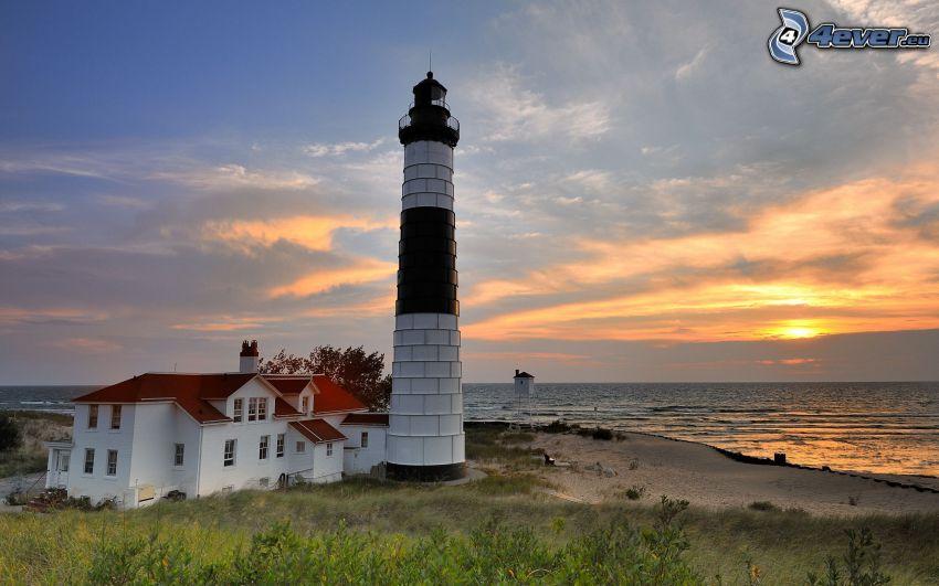 latarnia morska, zachód słońca nad morzem, dom, wybrzeże