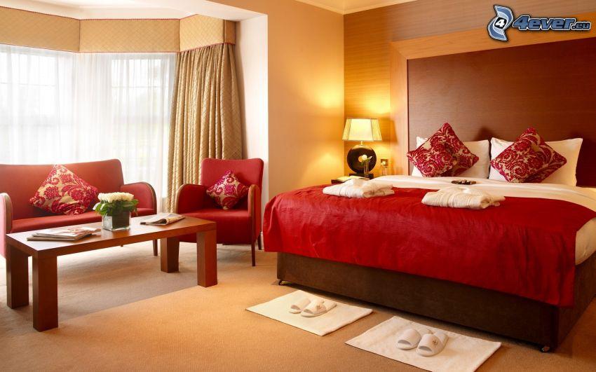 sypialnia, łóżko małżeńskie, stół, fotele