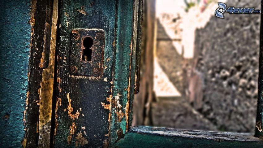 stare drzwi, zamek