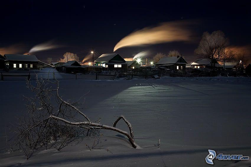 zaśnieżona wieś, śnieg