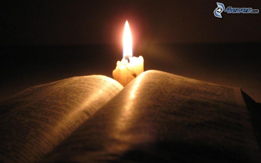 książka, świeca