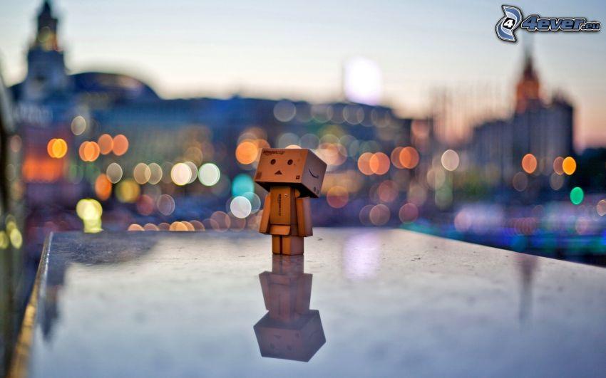 papierowy robot, koła, samotna