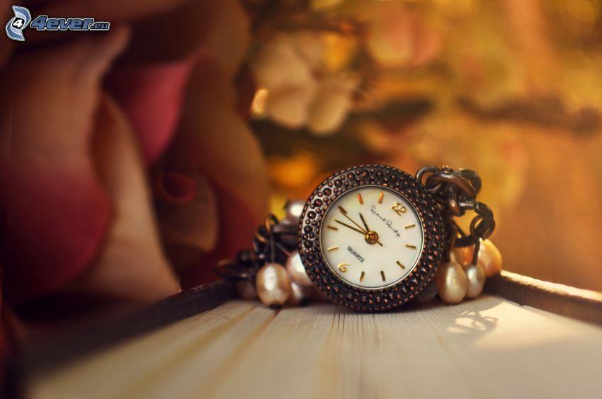 zabytkowy zegarek, róża