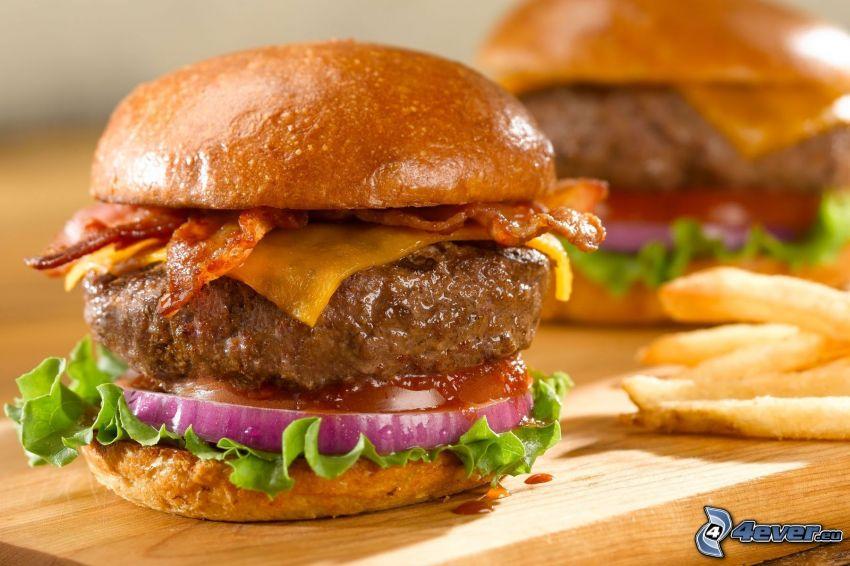 cheese burger, frytki