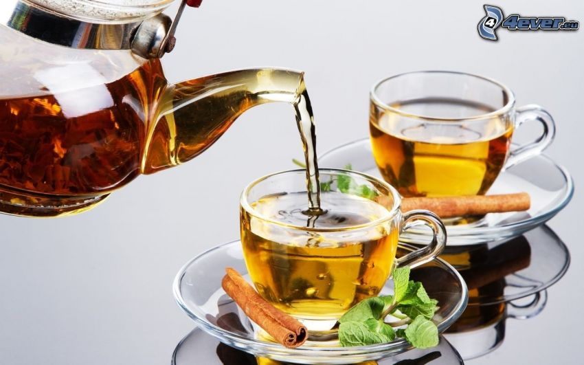 czajnik, kubki, cynamon