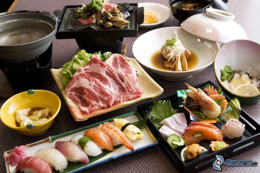 obiad, mięso, sushi