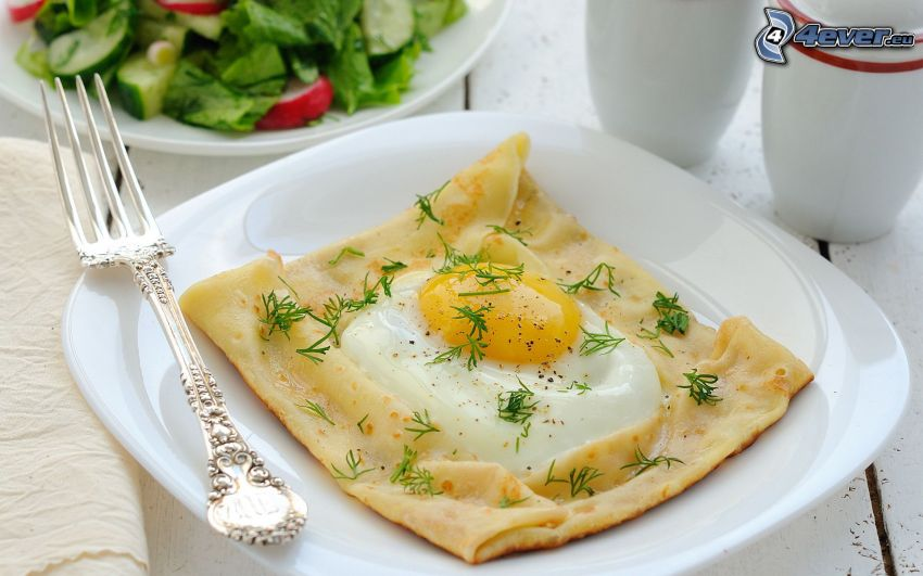 śniadanie, jajko sadzone, naleśniki