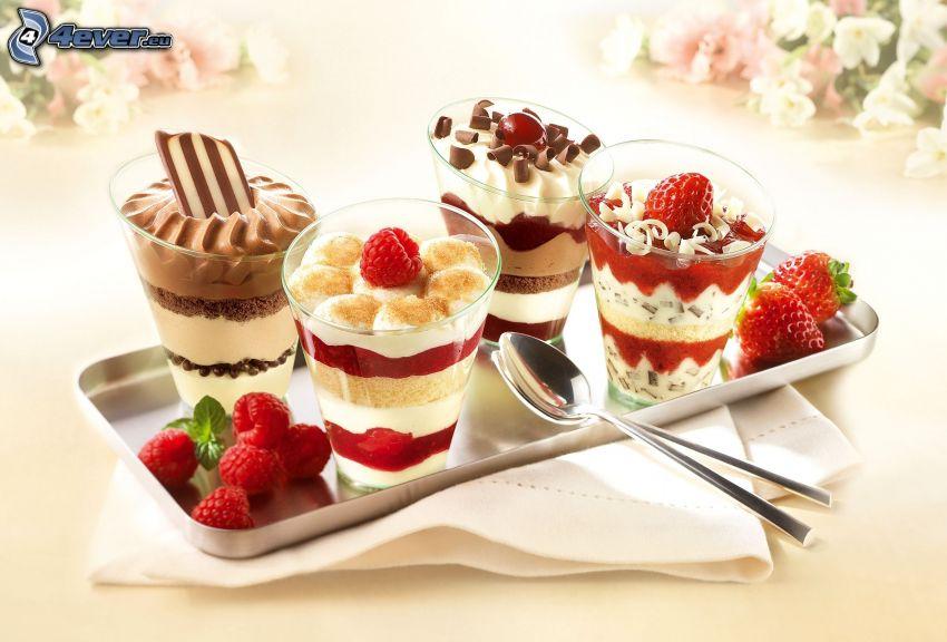 śniadanie, jogurty, czekolada, maliny, truskawki