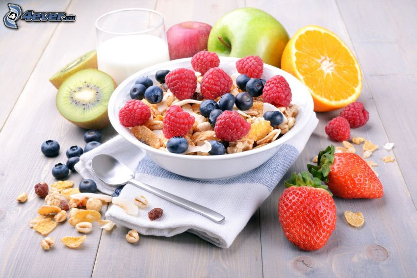 śniadanie, musli, owoc, truskawki, maliny, jagody, pomarańcz, jabłka