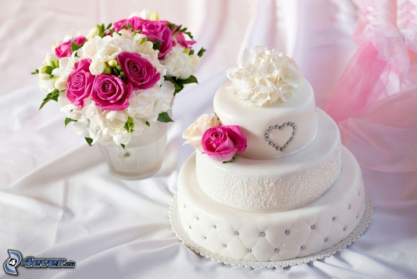 tort, bukiet ślubny, różowe róże